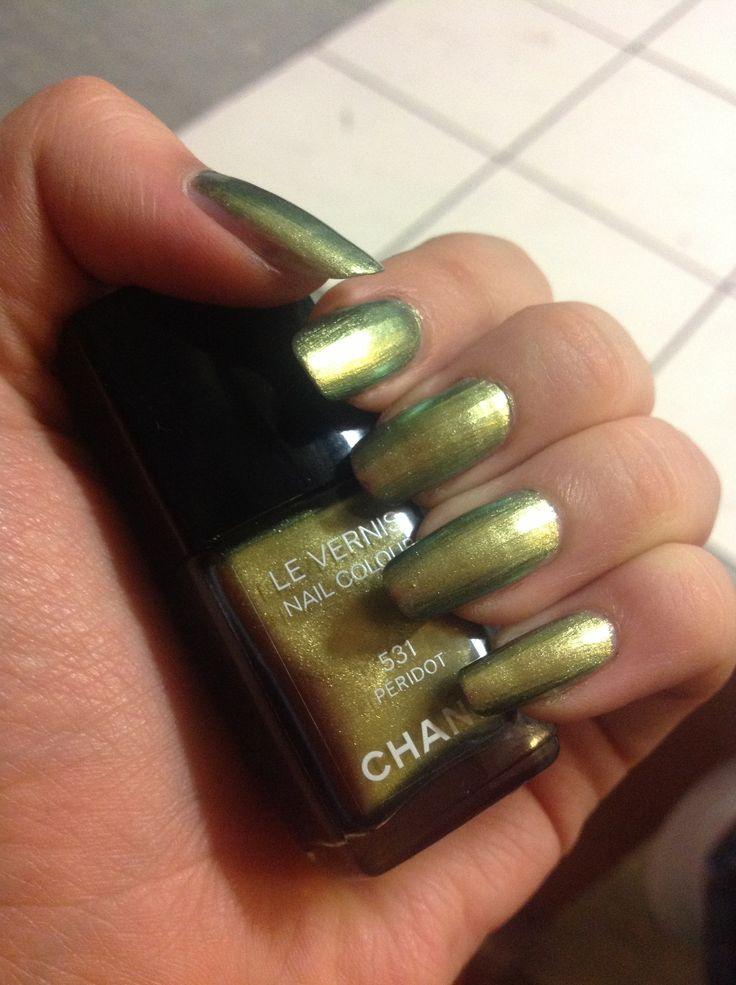 Chanel nails - 531 péridot