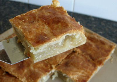 Mennonite Girls Can Cook: apple pie squares. I think this is perfect for a church dinner!