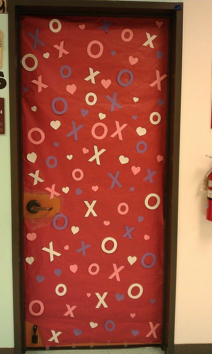 valentine's board decoration ideas | Cute Valentine's Day door. | Classroom Decoration Ideas