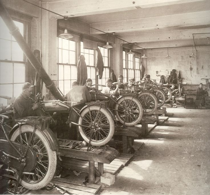 Harley factory producing their 1909 V-Twin