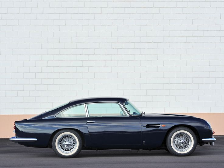 Aston Martin DB5... still beautiful                                                                                                                                                                                 Mehr