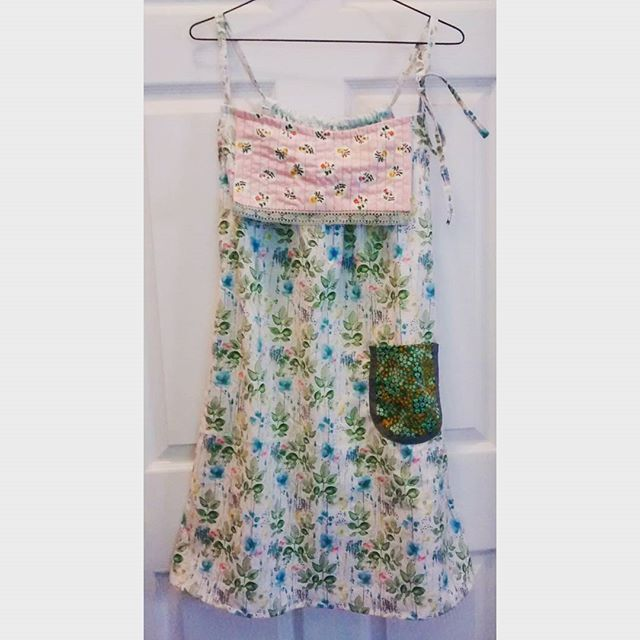 New #dottieangelfrock #simplicity8153 . A simple little sundress with a pocket! #simplicitybyme #sewing #handmade #sewingistherapy #handmadewardrobe #imakemyclothes