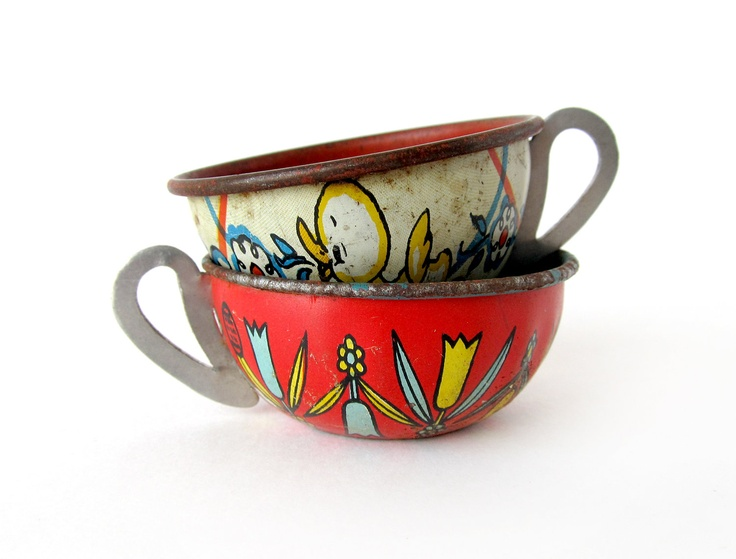 Tin Toy Teacups, Set of 2 Pieces. $18.00, via Etsy.: Tin Toys, Pieces, Etsy, Tins Toys, Favorite Tins, Teacups Sets, Toys Teacups