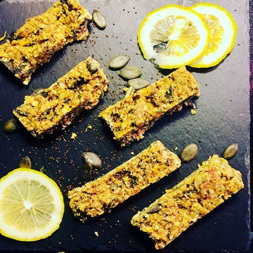 #oatmeal bars with #canihua - a #healthy #snack with #superfoods  - #Müsliriegel selbstgemacht - geht mega leicht und ist superlecker.