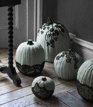 Halloween Pumpkins: Black Lace, Halloween Parties, Painting Pumpkin, Decor Ideas, Halloween Decor, Lace Pumpkin, Decor Pumpkin, Halloween Pumpkin, Pumpkin Decor