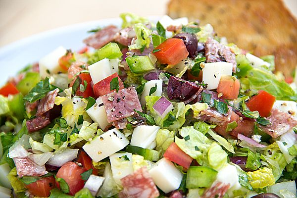 chopped italian salad with fresh herbed red wine vinaigrette *This looks so worth the extra effort of chopping everything small! mmm!