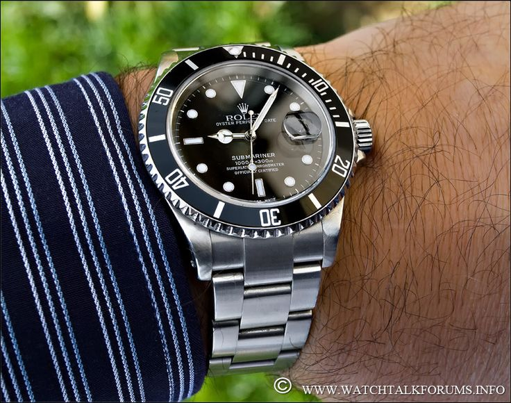 COMPARATIVE REVIEW: The Rolex Submariner 16610 vs. the Rolex Submariner 116610 | Luxury Tyme: The Rolex Reference Page