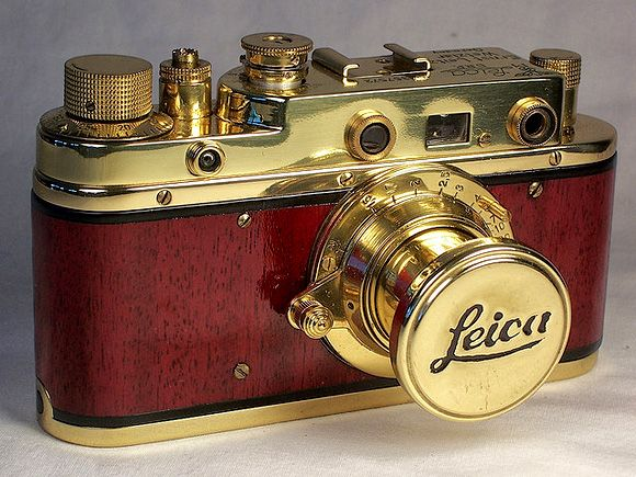 Laica Camera - my dad would love to have one of these if only they weren't so expensive! :D