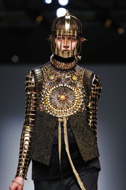Manish Arora Ready To Wear Fall Winter 2015 Paris