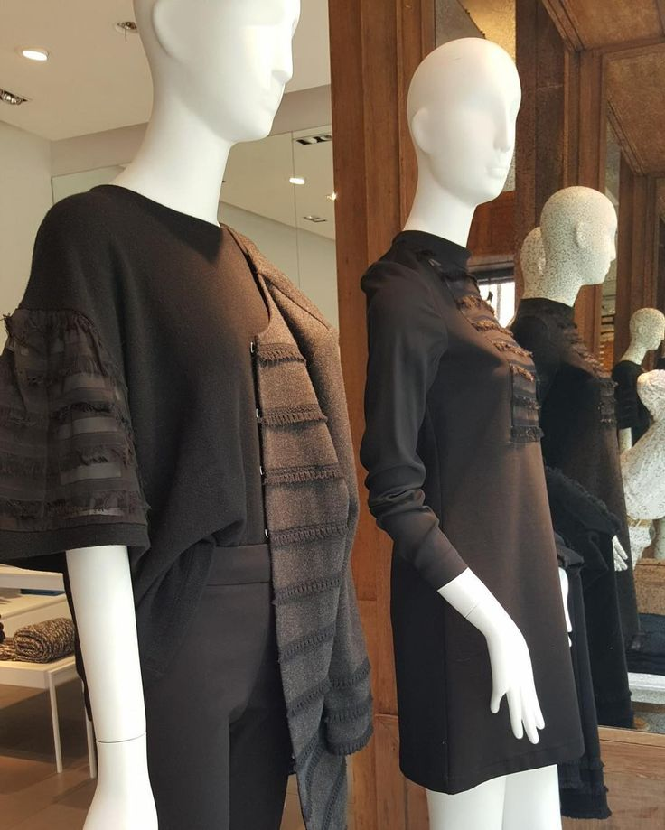 Black fringes for Halloween's Night.  #newcollection #halloween #fringes #wintermood #black #outfit #store #shopping #milan #120 #120percento #120cashmere #cashmere #womanswear #design #coat #dress #dresscode