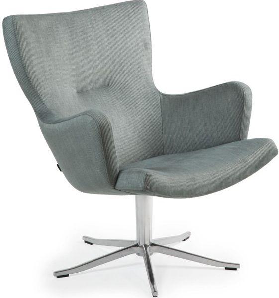 Fauteuil Gyro is een eigentijdse fauteuil die in ieder interieur tot zijn recht komt. De fauteuil heeft een rank design en is zo gemakkelijkt toe te passen. De Gyro fauteuil heeft ondanks haar compacte ontwerp een voortreffelijk zitcomfort. De 5-teens rvs stervoet benadrukt het moderne design. De fauteuil is verkrijgbaar met of zonder armleuning. Optioneel …