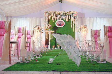 Белый зонтик в аренду для свадебного декора
