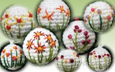 Aufgestickte Blumen, wäre auch was für Ostern                                                                                                                                                      Mehr