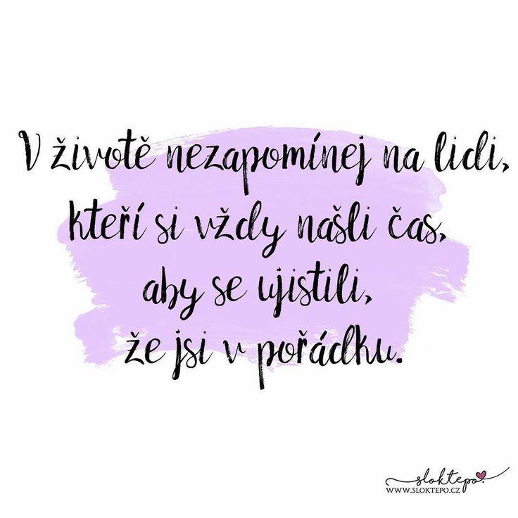 Největší dárek, který můžete někomu dát je váš čas, vaše pozornost a vaše láska. 🤗☕ #sloktepo #motivacni #hrnky #miluju #citat #kafe #domov #rodina #stesti #laska#czech #czechgirl #czechboy #praha