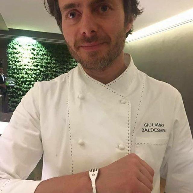 El 👨🍳 Giuliano Baldessari forquetizado! • SHOP ONLINE www.4-chetta.es 🛒🛍 —————————————————————— #4chettaspain #4chetta #handmadejewellery #bracelets #bracelet #armcandy #armswag #wristgame  #braceletstacks #trendy #instagood #fashion #braceletsoftheday #jewelry #fashionlovers #fashionista #accessories #armparty #wristwear #summer #verano #barcelona #marbella #madrid #ibiza #tenedor #foodie #chef #estrellamichelin