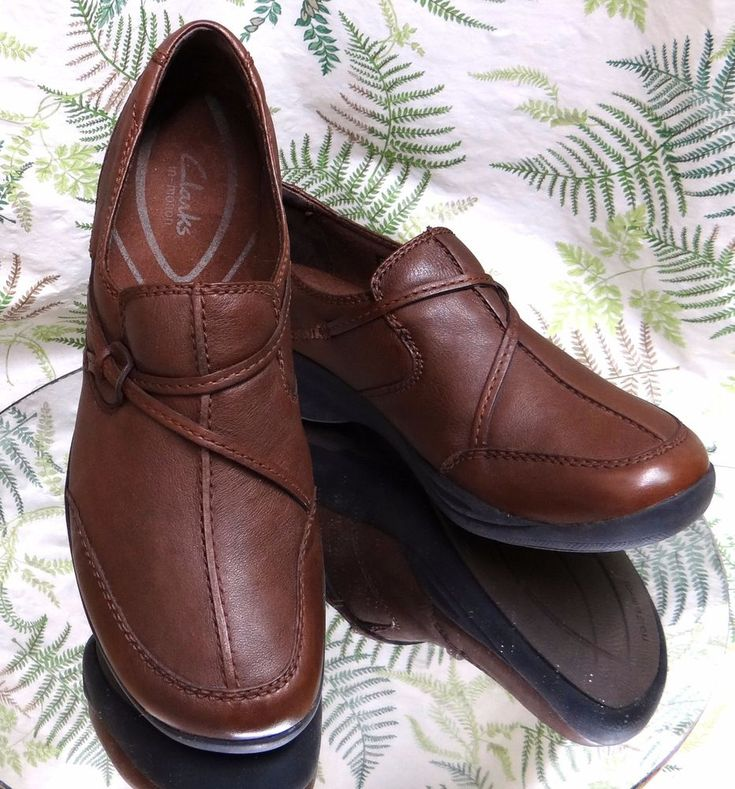 CLARKS BROWN LEATHER LOAFERS SLIP ONS WALKING COMFORT WORK SHOES WOMENS SZ 11 M #Clarks #LoafersMoccasins #WeartoWork