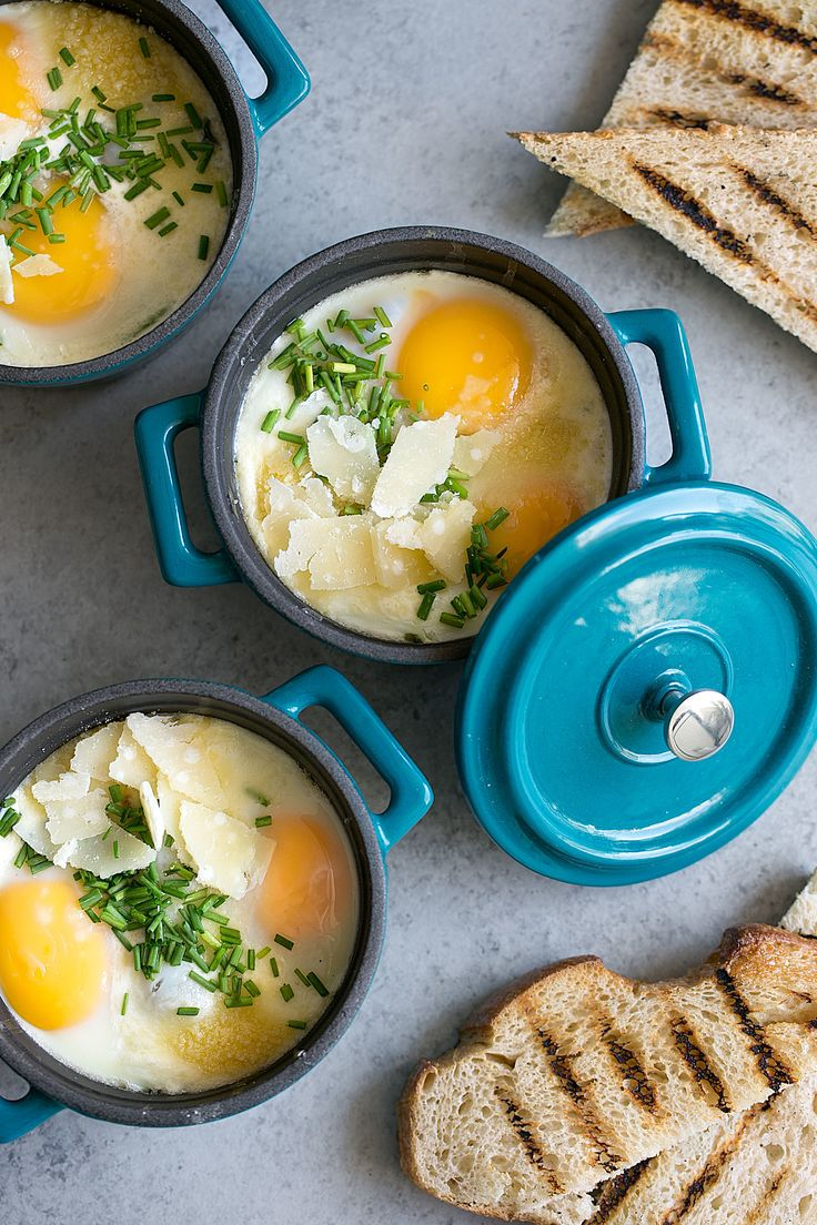 Eggs en cocotte baked eggs in ramekins with spinach pancetta
