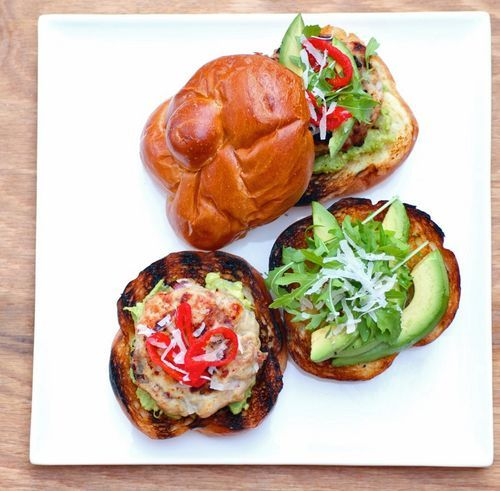 Mustard Turkey Burgers w Avo, Parm & Peppers: Burgers Recipe, Buns, Mustard Turkey, Avocado Turkey, Drinks Food, Bitten Words, Salad Ideas, Delicious Recipe, Turkey Burgers2