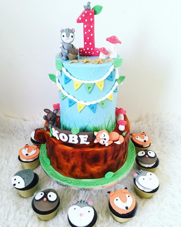 "WOODLAND CAKE   17 Likes, 2 Comments - Sunshines_Sweettooth (@sunshines_sweettooth) on Instagram: ""Woodland theme for KOBE BABY... 😘😘😘 #bakermom #mybakingaddiction"""