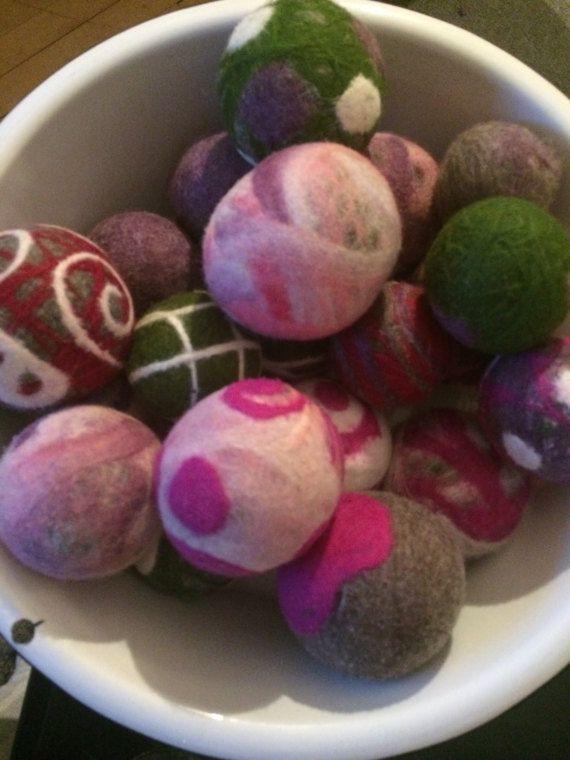 Las bolas de secadora  conjunto de tres