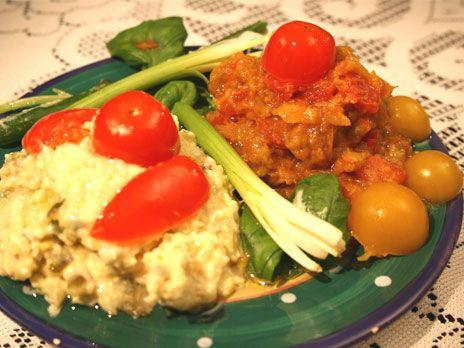 Persisk sallad, med kyckling, ägg, potatis och saltgurka