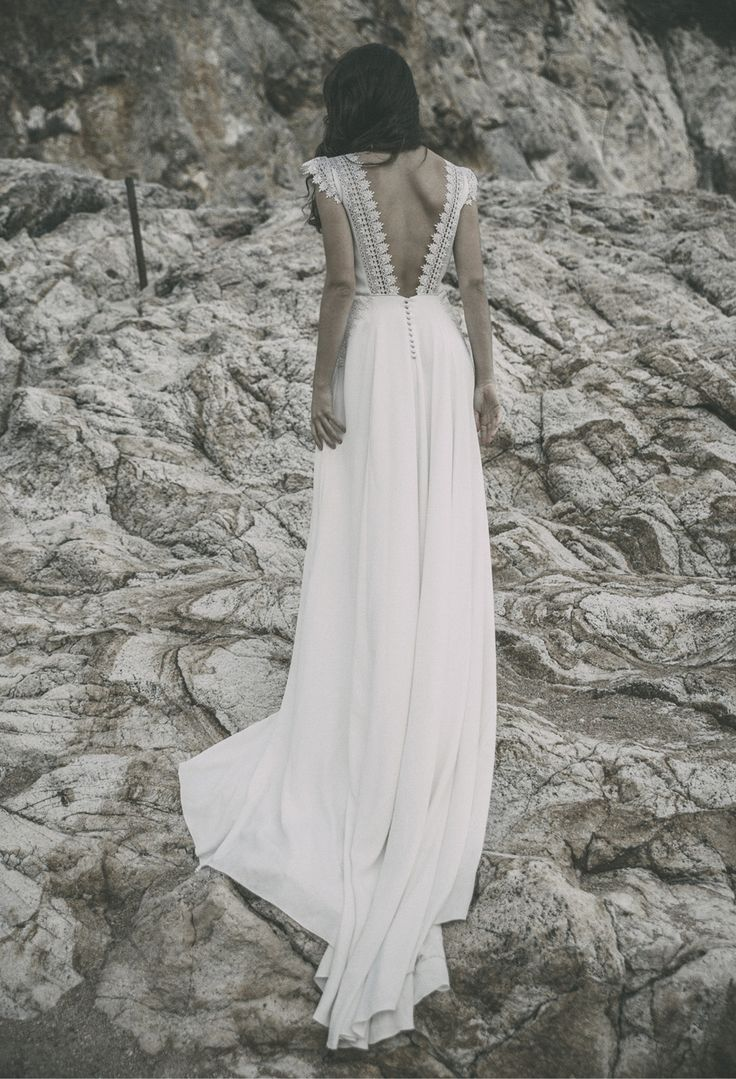 RENCONTRE AVEC CLAUDIA LLAGOSTERA – Bippity Magazine – Magazine mariage – Blog inspiration mariage tendance