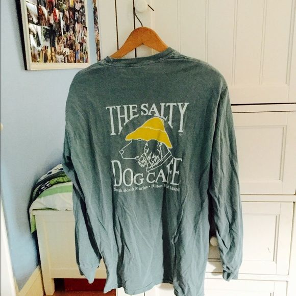 South Carolina Vacation Tee From the Salty Dog Cafe tourist shop, more like a men's medium because long, worn twice, slight discolored stain toward the bottom on the front, I will ship it quickly! Comfort Colors Tops Tees - Long Sleeve