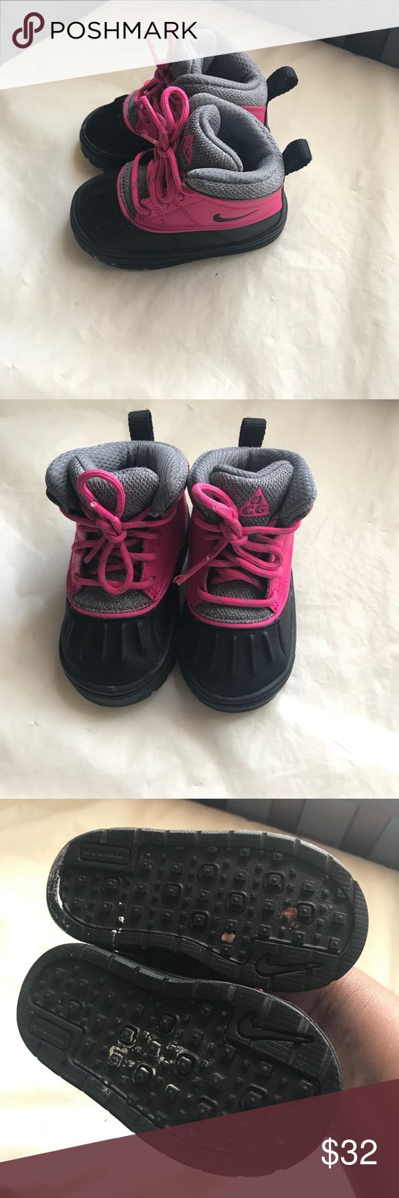 Toddler Girl Boots Gently worn toddler boots Nike Shoes Boots
