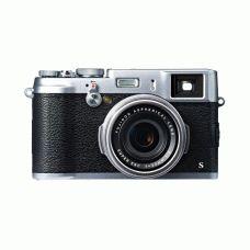 Fujifilm X100S je vrhunski kompaktni fotoaparat z APS-C CMOS II senzorjem s 16MP in 23mm objektivom F2. Februarja 2014 bo na voljo tudi novi Fujifilm X100S v črni barvi.  http://pikselmarket.si/finepix-X100S  #fujifilm #fuji #x100s