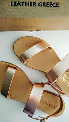 New rosegold sandals! Follow me on snapchat for more: f.lexi  #studyaboutfashion #snapchat #sandals #rosegold