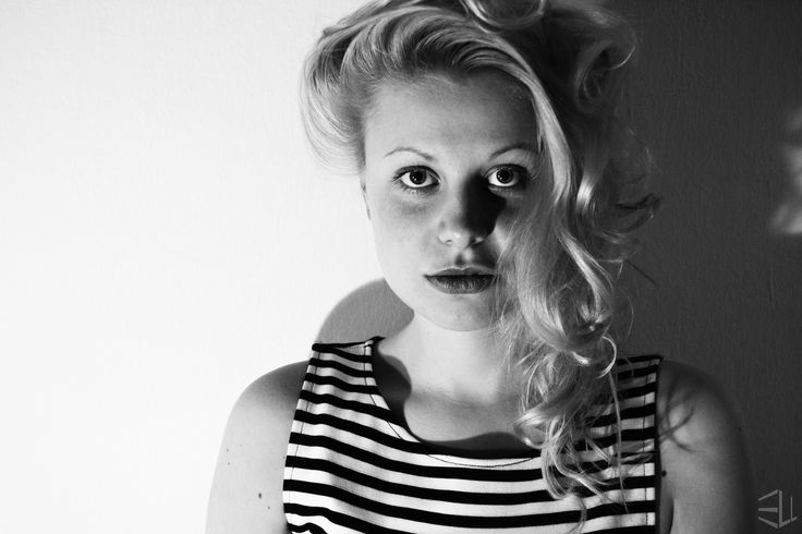 curles | anna www.facebook.com/photography.ell.olomouc photography black and white
