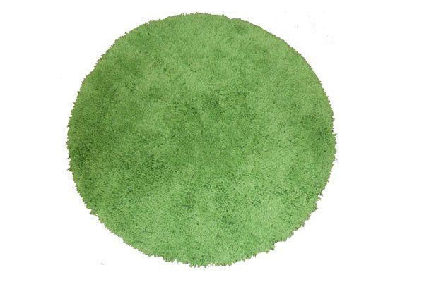Go go green. Love this apple green Patersonrose shaggy rug! #patersonrose #kidsbedding #green #boysbedroomdecor #kidsrugs