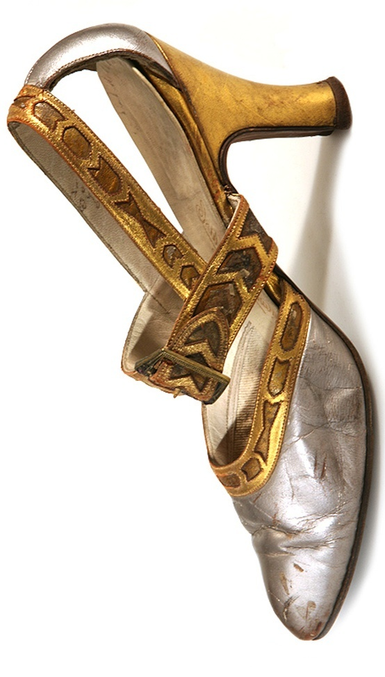 1920's Shoes - Art Deco silver gold heels pumps 20s 30s evening wear
