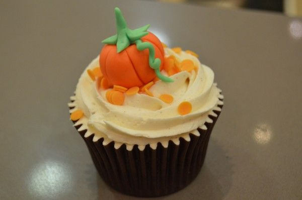 Taller con seguidores de www.facebook.com/... y Alma Obregón: Cupcake Calabaza