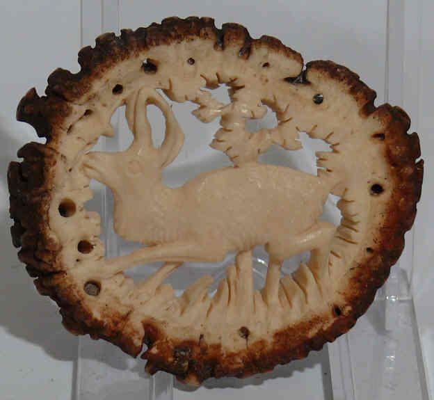 Vintage Loferl - rosette carved from stag antler. Appliqued to Lederhosenträger and such.