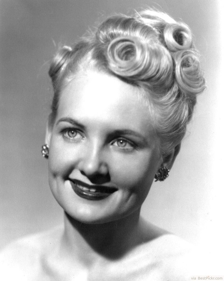 1940s Vintage Updo Hairstyles