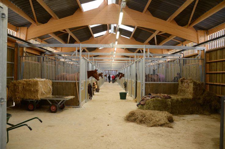landfabrik · centre equestre la barotte · Divisare