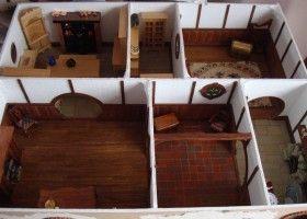Самодельный кукольный домик