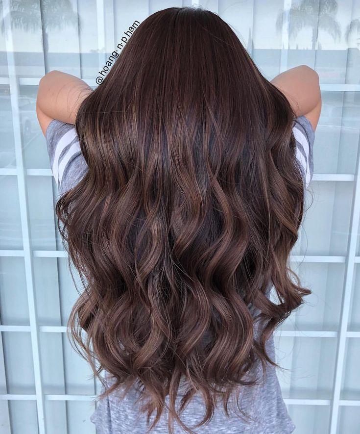 поднести руку фото покраска коричневых волос альбом