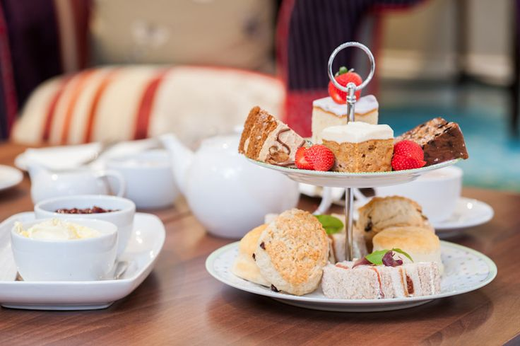 Traditional afternoon tea in the lounge