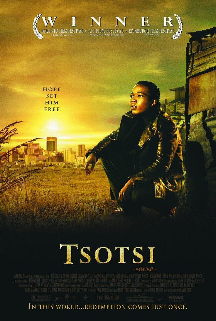 """Tsotsi. En una de las barriadas llenas de miseria que rodean Johannesburgo, Sudáfrica, Tsotsi, un chaval de 19 años, ha borrado cualquier recuerdo de su conciencia, incluyendo su nombre real. Tsotsi significa simplemente """"matón"""" o """"gangster"""" en el lenguaje callejero del guetto"""