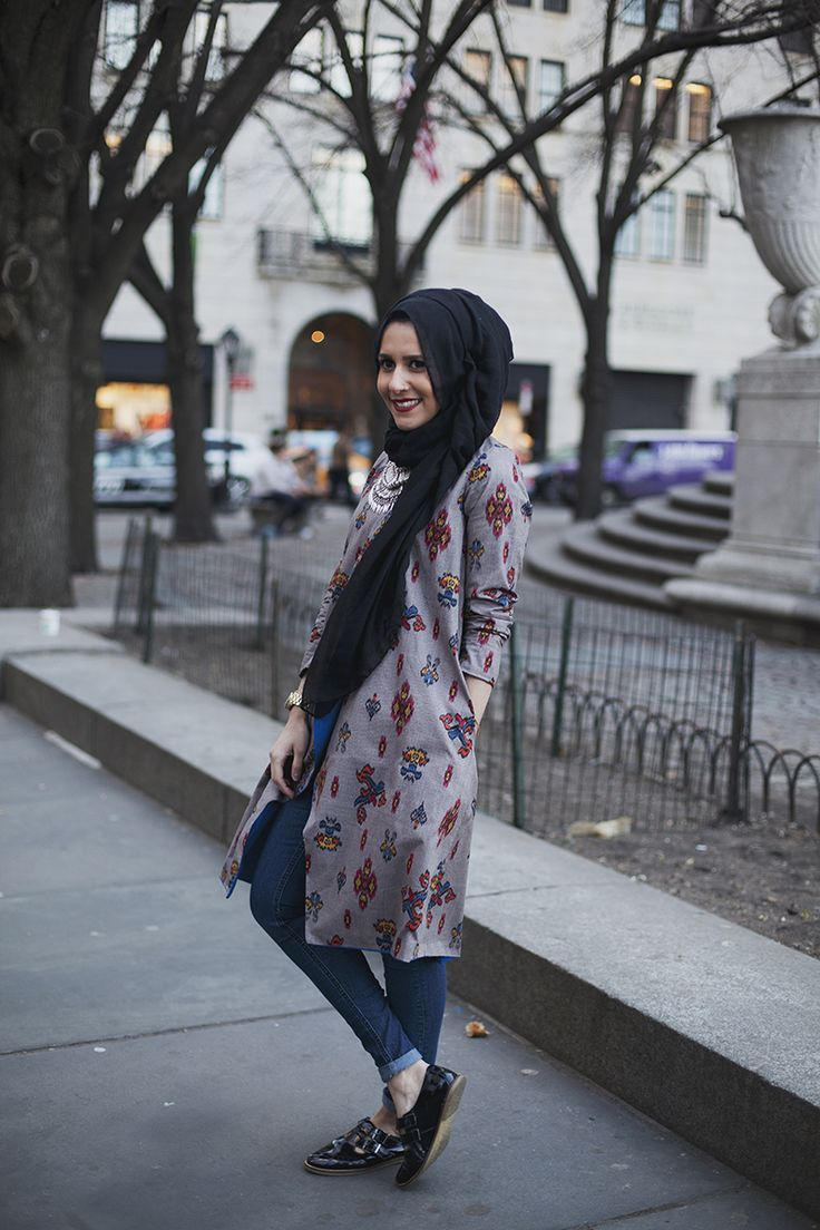 Here's a snap of Dina Tokio spending an evening across the pond in New York City, New York. This was shortly after a meet & greet held in Manhattan across the street from the popular apple store. It...