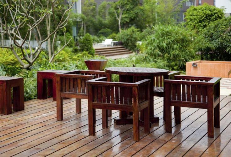 Czym malować meble ogrodowe