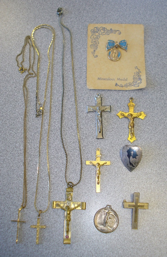 10 Vintage Religious Pieces Of Jewelry - Siam Heart Cross Sterling Pin - Crosses, Curcifixes, Pins, Medal, Charm - Wholesale Box Lot.  $19.99