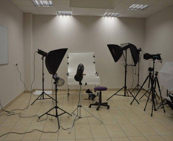 Wyposażona pracownia fotograficzna, Tychy #sale #saleszkoleniowe #saletychy #salatychy #salaszkoleniowa #szkolenia  #szkoleniowe #sala #szkoleniowa #tychach #konferencyjne #konferencyjna #wynajem #sal #sali #szkolenie #konferencja #wynajęcia #tychy #salerezerwacje #fotograficzna