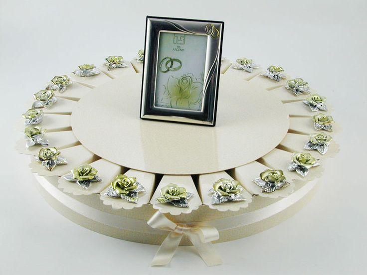 Torta bomboniera 22 fette rose porcellana colore argento oro