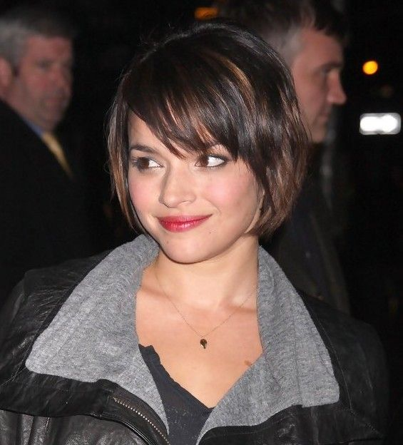 short bob haircut pinterest norah jones bob hairstyles and bobs on 6295 | 08c7136a5e2dd324ddc8e5f4995e1e72