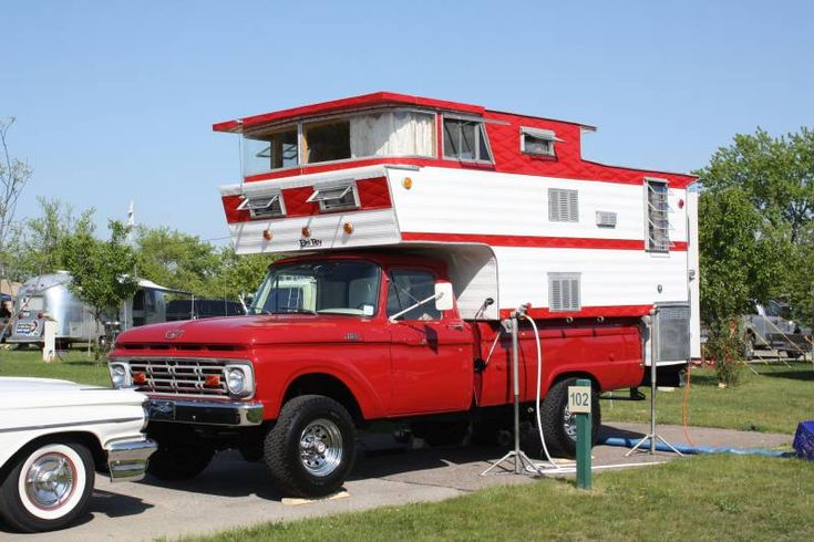 ~we married and moved out and mom and dad took to the highway in their truck camper....crossing the USA to get in all states....back in the late 60's!