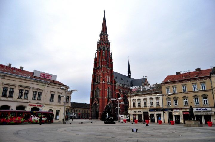 30 Best Places To Visit In Croatia And Their Top Tourist Attractions Cool Places To Visit Osijek Europe Trip Itinerary