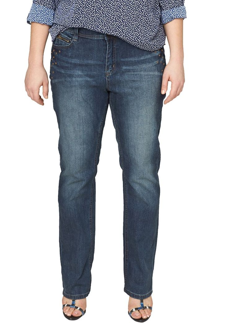 """Stretch-Jeans Dunkle Bluejeans. Authentische Waschung mit Sitzfalten-Effekten in der Waschung. Rockige Nieten-Applikation. 5-Pocket-Form mit Reißverschluss und Zipper-Münztäschchen. Figurbetonte Passform """"Kurvig"""" mit leicht vertieftem Bund und schmalem Bein für eine ausgeprägte Hüfte, einen runden Po und stärkere Oberschenkel. Griffige Denim-Qualität aus Baumwollstretch. Die rockigen Nieten sor..."""